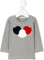 Moncler logo outline appliqués T-shirt