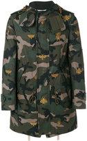 Valentino camouflage bee parka - men - Cotton/Calf Leather/Polyester/Metallic Fibre - 46