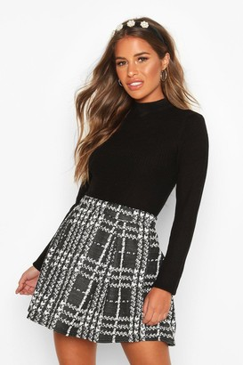 boohoo Petite Check Box Pleat Skater Skirt