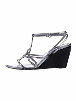 Louis Vuitton Leather Cutout Accent T-Strap Sandals Grey
