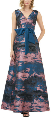 Kay Unger Sleeveless Gown