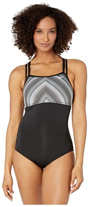 Nike Texture Stripe Double Cross-Back One-Piece (Black) Women's Swimsuits One Piece