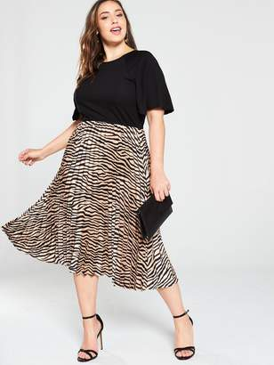 AX Paris Curve 2-in-1 Animal Pleated Skirt Dress - Black