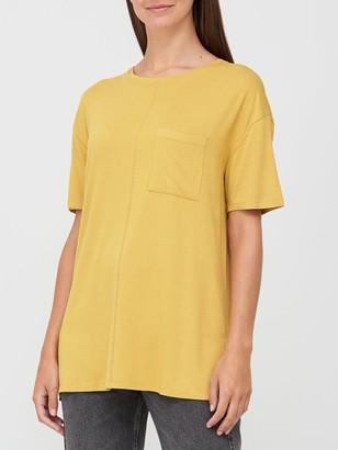 Very Pocket Side Split Longline T-Shirt - Mustard