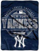 Northwest Company New York Yankees Micro Raschel Structure Blanket