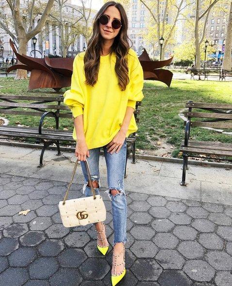 #yellow #neon #monday #sweater #ootd