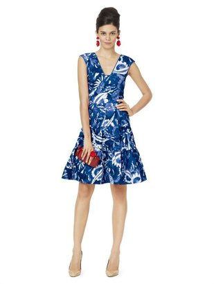 Oscar de la Renta V-Neck Sleeveless Dress With Dropwaist
