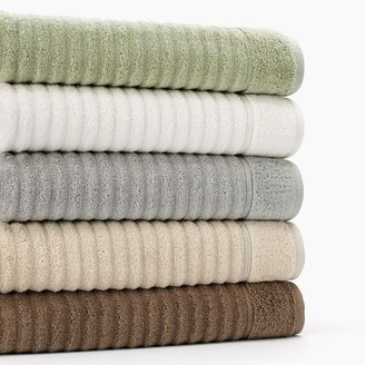 Apt. 9 quick-drying wave bath towels