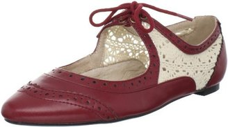 Restricted Women's Suzie Flat