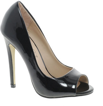 Timeless Owner Heeled Shoe