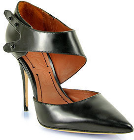 Elizabeth and James Sand - Black Tapered Toe Pattern Pump