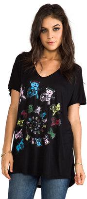 Lauren Moshi April Color Swirl Bears V-Neck Tee