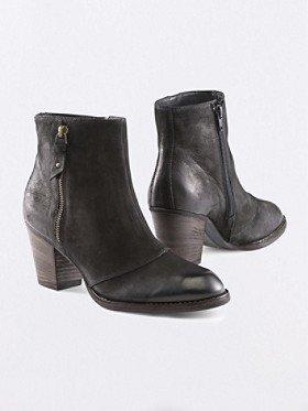 Pendleton Natick Leather Booties
