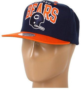 Mitchell & Ness NFL Throwbacks Arch w/Helmet 2-Tone Snapback - Chicago Bears (Chicago Bears) - Hats