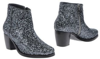 American Retro Ankle boots