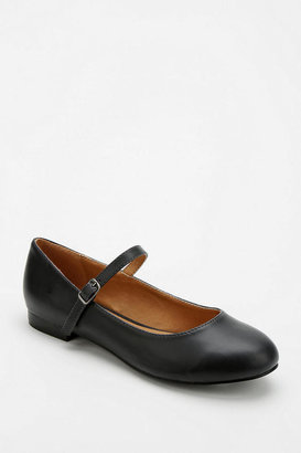 Urban Outfitters Cooperative Alice Mary Jane