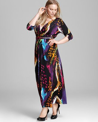 T-Bags Tbags Los Angeles Plus V Neck Printed Maxi Dress