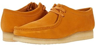 Clarks Wallabee (Tumeric) Men's Shoes