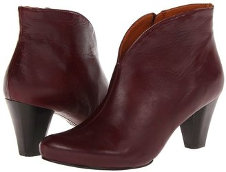 Gentle Souls Shop Rupert (Wine) - Footwear