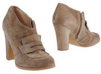 Adele Fado Shoe boots