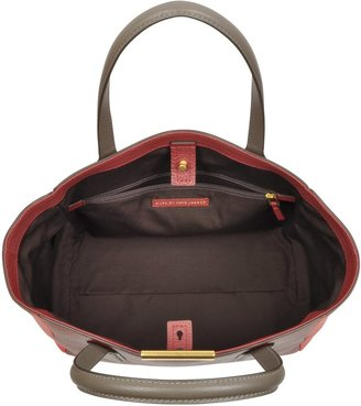 Marc by Marc Jacobs Hail To The Queen Elizabeth Tote
