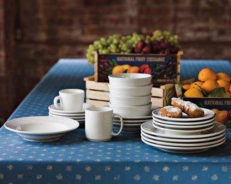Williams-Sonoma Everyday Restaurant Porcelain Soup/Pasta Bowls