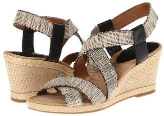 Lucky Brand Keane (Natural/Black) - Footwear