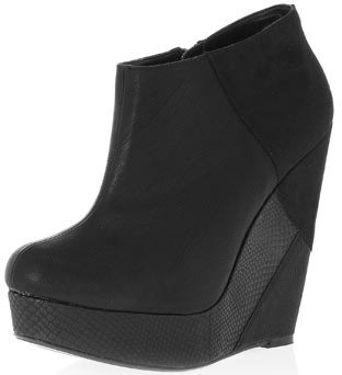Dorothy Perkins Black wedge ankle boots