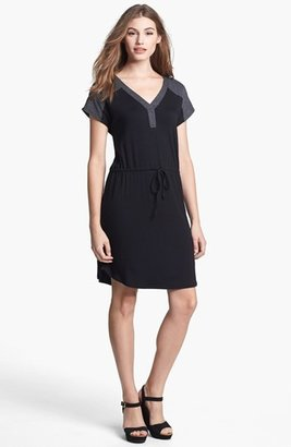 Olivia Moon Contrast Yoke Drawstring Dress (Regular & Petite)