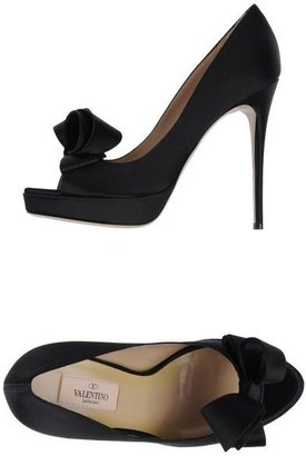 Valentino Garavani Pumps with open toe