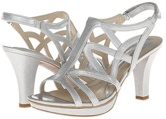 Naturalizer Danya (Soft Silver Crosshatch Shiny) Women's Sandals