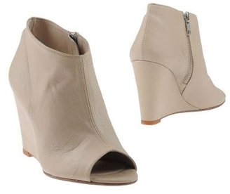 Tatoosh Shoe boots