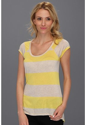 Vince Camuto TWO by S/S Stripe Tee (Blaze Yellow) - Apparel