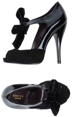 Gucci Pumps with open toe