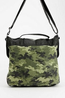 Camo Deena & Ozzy Satchel Bag