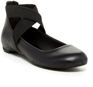 Kenneth Cole Reaction Pro-Time Ankle Strap Flat