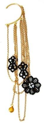 Tita' Bijoux Black lace earcuff