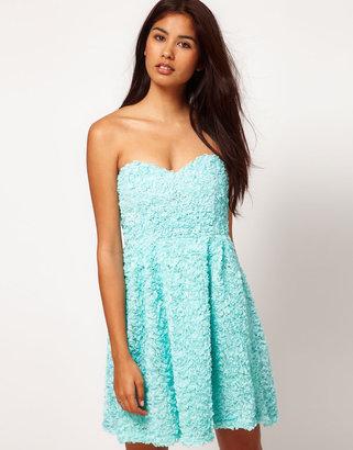 Rare Ruffle Sweetheart Dress