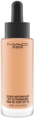 M·A·C MAC Studio WaterWeight SPF30/PA++ Foundation 30ml - Colour Nc40