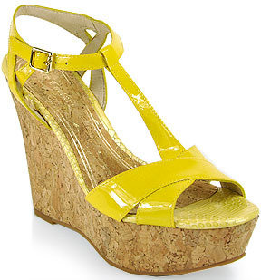 Juicy Couture Dakota - Wedge Sandal in Yellow Patent Leather