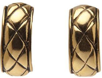 Chanel quilted effect hood earrings
