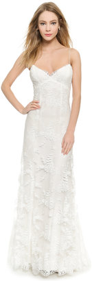 Monique Lhuillier Sienna Chantilly Lace Gown $3,890 thestylecure.com