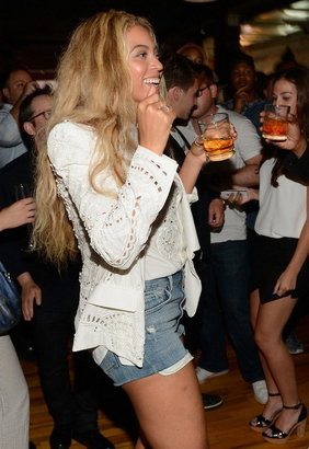 Citizens of Humanity Chloe High Waist Cut Off Short in Love Worn as seen on Beyonce