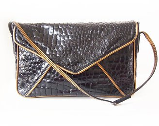 Carnet de Mode Bag - croco leather envelope - black/metallic bronze
