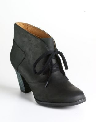 Clarks Heath Wren Leather Ankle Boots