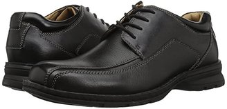 Dockers Trustee Moc Toe Oxford (Black Tumbled Leather) Men's Lace-up Bicycle Toe Shoes