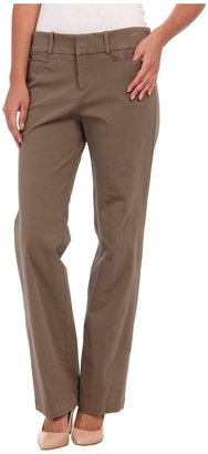 Dockers Misses The Ideal Pant $42 thestylecure.com