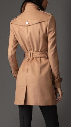 Burberry Mid-Length Fur Collar Trench Coat