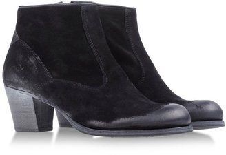 N.D.C. Made By Hand Ankle boots