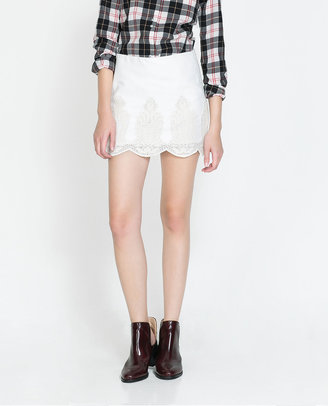 Zara Mini Skirt With Lace Hem